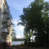 Дом у Озера, Бологое