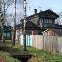 Вышний Волочёк. Старинный дом на углу ул. Карла Маркса и 9-го января, Вышний Волочек