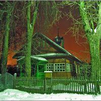 Ночью у дома-храма в Западной Двине, Западная Двина