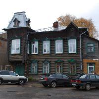 Кимры. Старый деревянный дом на ул. Кирова, Кимры