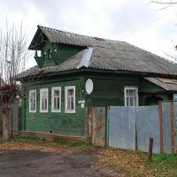 Кимры. Старый деревянный дом на ул. Салтыкова-Щедрина, Кимры