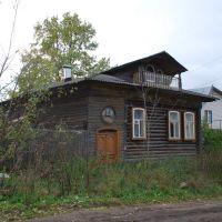 Кимры. Старый деревянный дом на улице Карла Либкнехта, Кимры