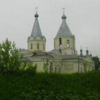 Лихославль.Успенская церковь из окна поезда., Лихославль