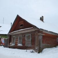 Старица. Обреченный старинный дом на ул. Коммунистическая., Старица