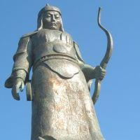 Statue, Элиста