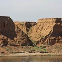 берег нижней Волги, Юста