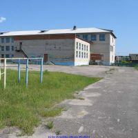 Еленская средняя школа со стороны калуголеса (11.06.2009), Еленский