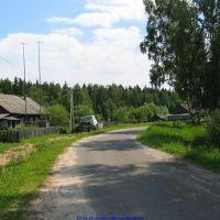 Поворот улицы Ленина возле бывшего хоз.магазина (12.06.2009), Еленский
