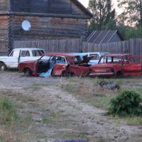 Кладбище автомобилей (12.06.2011), Еленский