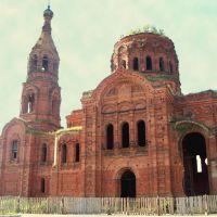 Воскресенская церковь (вид с дороги справа), Ульяново