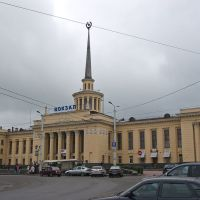 Россия: Карелия: Петрозаводск: Центр: пл.Гагарина: ж/д вокзал; 20:34 15.06.2008, Петрозаводск
