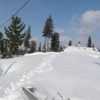 Местами снег доходит до крыш одноэтажных домов-Mostly the snow comes to the one-roof houses, Белогорск