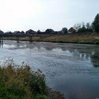 Река Белая Холуница с мостиком через неё, Белая Холуница