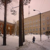left-to-right .. prerevolutionary hospital-modern clinic, Нолинск