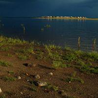 берег Лемвы у ст.Абезь/вид вверх по течению, Абезь