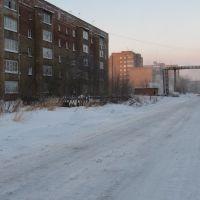 вдоль по ул. Дзержинского, Инта
