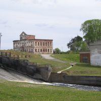 Завадоуправление Кажымского железоделательного завода и водослив с Кажымского водохранилища, Кажым