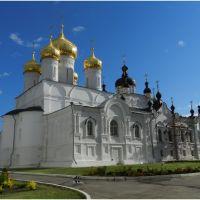 Кострома.Богоявленско-Анастасиин монастырь.Богоявленский собор., Кострома