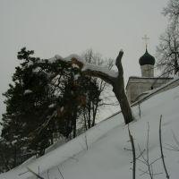 Макарьев. Под монастырской стеной., Макарьев