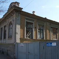 за красивым фасадом/ behind the beautiful facade, Ейск
