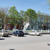Каневская, по ул. Горького, рядом со школой №1 - 1.05.2010 г., Каневская
