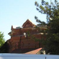 Дом на углу Первомайской-Островского, Приморско-Ахтарск