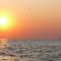 Россия, Приморско-Ахтарск. Закат на Азовском море. Russia.Krasnodar territory. Primorsko-Akhtarsk. Sunset on sea of Azov., Приморско-Ахтарск