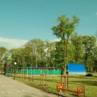 вид на танцплощадку в парке, Северская