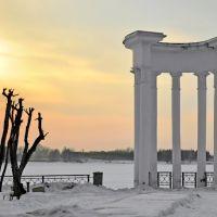 Арка на озере Железногорска, Железногорск