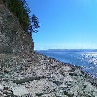 Скалистый берег на выходе из Огурского залива, Балахта