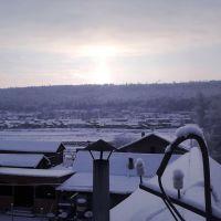 Над крышей дома моего... Обеденное солнце декабря., Богучаны