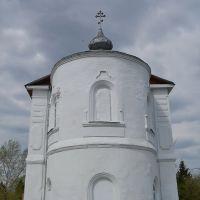 Церковь Троицы Живоначальной (май 2012г.), Емельяново