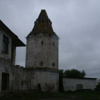 Юго-восточная башня снаружи, Далматово
