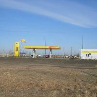 """Новая АЗС """"Роснефть"""" (New Rosneft gas station), Макушино"""