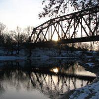 Красный мост вечер, Альменево