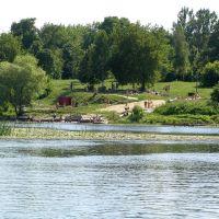 п.Глушково, вид на парк со стороны реки, Глушково