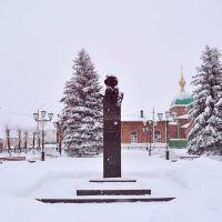 Памятник на ст. Лев Толстой, Лев Толстой