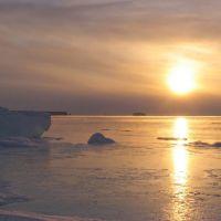 Зимнее утро. п.Эвенск, декабрь 2006 г. Фото В.Лахненко, Эвенск