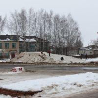 Снежная горка на площади, Новый Торьял