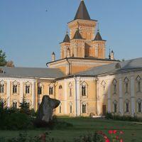 Церковь Иконы Божией Матери Всех Скорбящих Радость (вид на южный фасад). Николо-Угрешский монастырь, Джержинский
