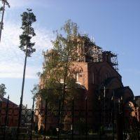 Церковь пока без купола. 2007 год. Осень, Ильинский