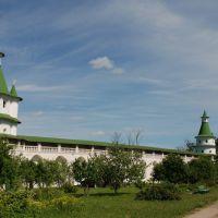 В монастыре, Истра