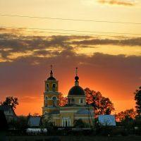 Закат над церковью в Крюково, Крюково