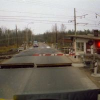 Level-crossing before Tolbino on A107, Львовский