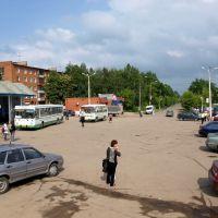 Площадь у станции, Львовский