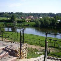Вид на Москву реку и пос. Петрово, май 2011, Тучково