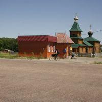 Магазин и Ильинская церковь в Елкино, Хорлово
