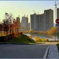 Осенний пейзаж у Дома Правительства Московской области / Autumnal landscape near the Government House of Moscow Region, Байконур
