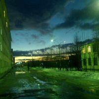 Тёплая полярная ночь в Никеле, Никель