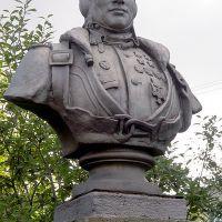 Бюст дважды Героя Советского Союза Б.Ф.Сафонова, Североморск
